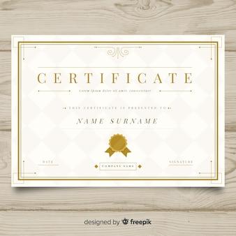 Plantilla elegante de certificado con diseño dorado