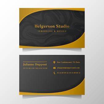 Plantilla elegante de la tarjeta de visita con formas de oro