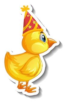 Una plantilla de etiqueta con un pollo bebé con personaje de dibujos animados de gorro de fiesta