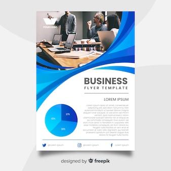 Plantilla de flyer de negocios con imagen