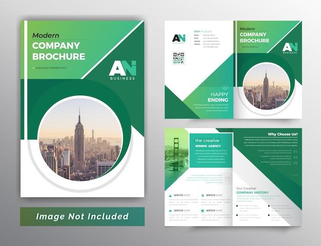 Plantilla de folleto bifold abstracto de color verde