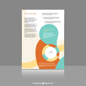 Plantilla de folleto con formas abstractas