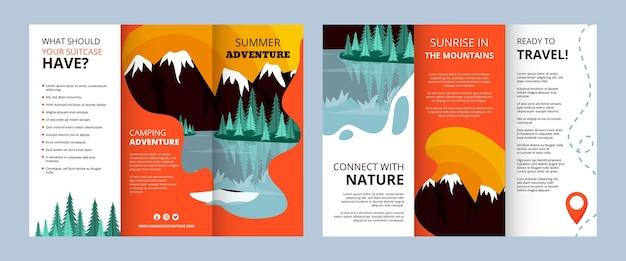 Plantilla de folleto tríptico de aventuras