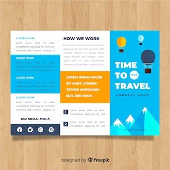 Plantilla de folleto tríptico de viaje