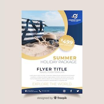 Plantilla de folleto de viajes con foto