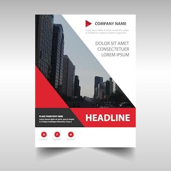 Plantilla geométrica roja profesional de reporte anual