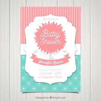 Plantilla de invitación a baby shower en diseño plano