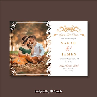Plantilla de invitación de boda con foto y adornos