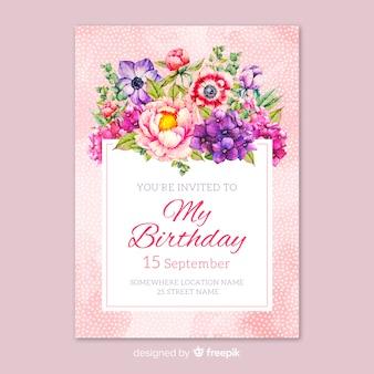 Plantilla de invitación de cumpleaños floral dibujada a mano