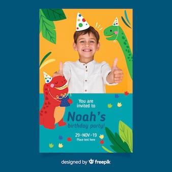 Plantilla de invitación de cumpleaños para niños dinosaurios con foto