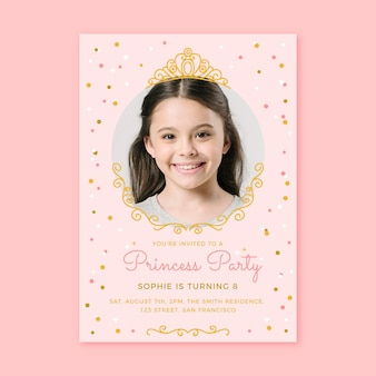 Plantilla de invitación de cumpleaños princesa dibujada a mano con foto