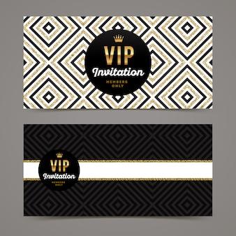 Plantilla para invitación vip con fondo geométrico dorado brillante.