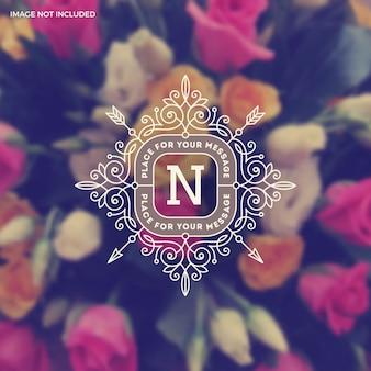 Plantilla de logotipo monograma vintage con elementos de ornamento elegante caligrafía florece.