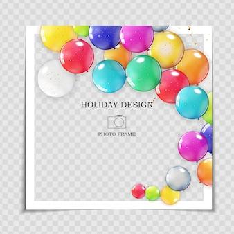 Plantilla de marco de fotos de fiesta con globos para publicar en la red social.
