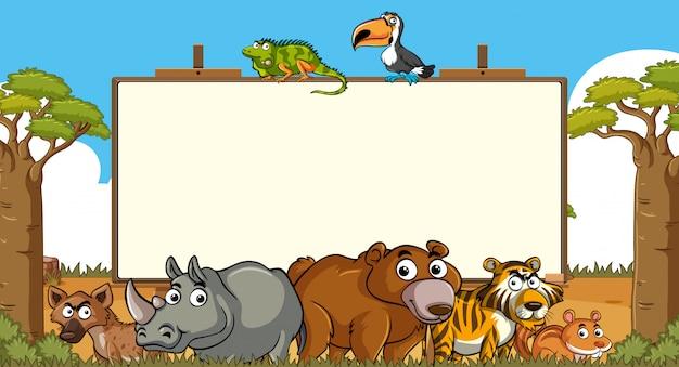 Plantilla de marco con muchos animales salvajes