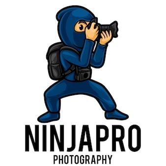 Plantilla de mascota de logotipo de fotógrafo ninja