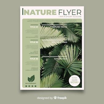 Plantilla moderna de folleto de naturaleza con foto