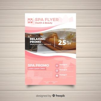 Plantilla moderna de folleto de spa con foto