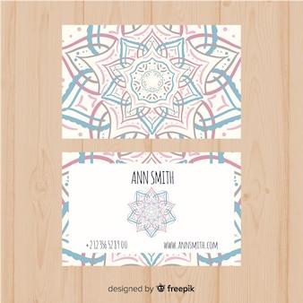 Plantilla moderna de tarjeta de visita con mandala