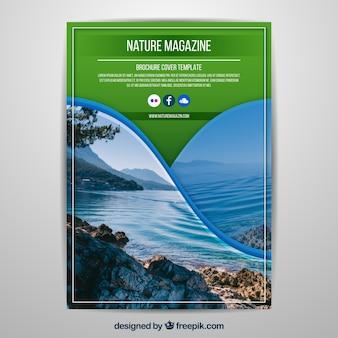 Plantilla Para Portada De Revista De Naturaleza Con Foto Vector Gratis
