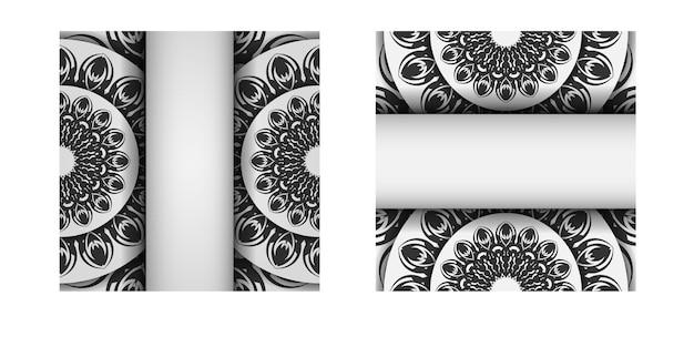 Plantilla para postales de diseño de impresión colores blancos con mandalas. preparación de vector de tarjeta de invitación con lugar para el texto y adornos negros.
