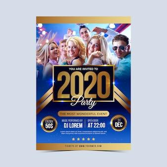 Plantilla de póster de fiesta de año nuevo 2020 con foto