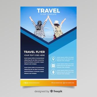 Plantilla de póster de viaje con imagen