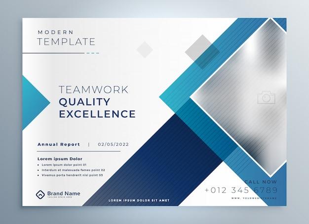 Plantilla de presentación azul de folleto de negocios modernos