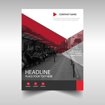 Plantilla roja de cubierta de libro para reporte anual
