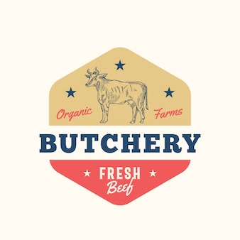 Plantilla de signo, símbolo o logotipo abstracto de carnicería de granja orgánica. silueta de vaca dibujada a mano con tipografía retro. insignia o emblema vintage de carne de res.