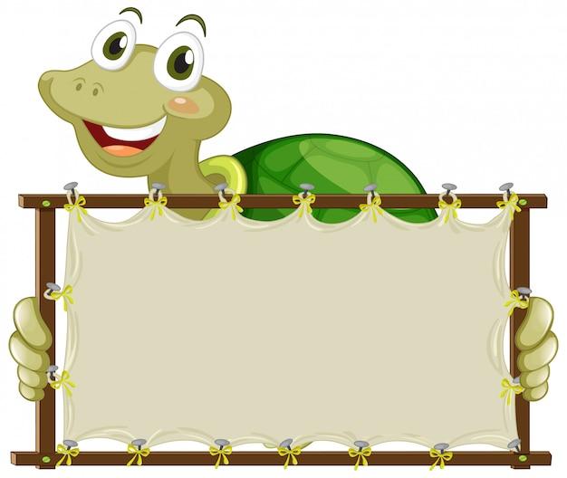 Plantilla de tablero con tortuga linda sobre fondo blanco