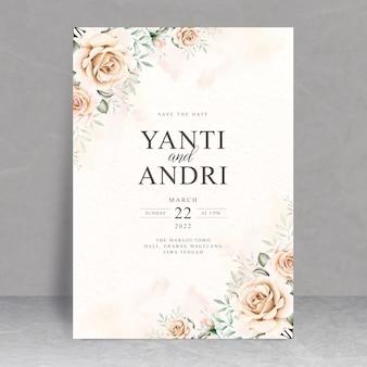 Plantilla de tarjeta de boda floral suave elegante