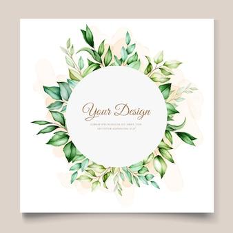 Plantilla de tarjeta de boda con hermosas hojas de acuarela floral