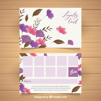 Plantilla de tarjeta de fidelidad en acuarela con estilo floral