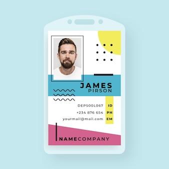 Plantilla de tarjeta de identificación comercial en estilo memphis