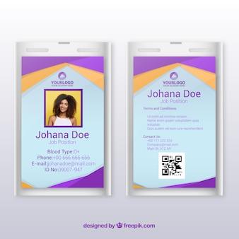 Plantilla de tarjeta de identificación con diseño plano