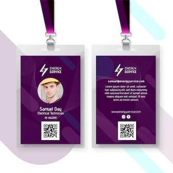 Plantilla de tarjeta de identificación de electricista con foto
