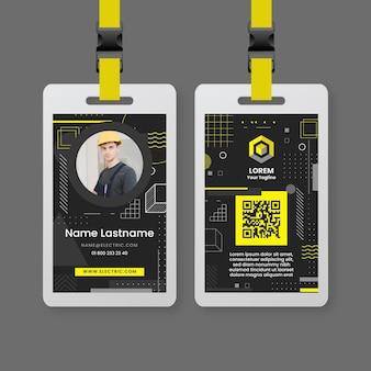 Plantilla de tarjeta de identificación de electricista oscuro