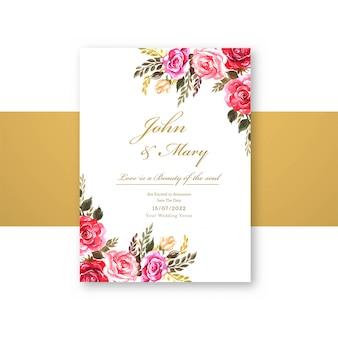 Plantilla de tarjeta de invitación de boda con diseño de flores decorativas