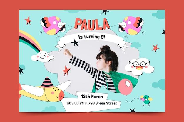 Plantilla de tarjeta de invitación de cumpleaños para niños con foto