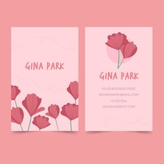 Plantilla de tarjeta de visita dibujada a mano con rosas ilustradas