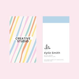 Plantilla de tarjeta de visita editable en lindo patrón de rayas pastel