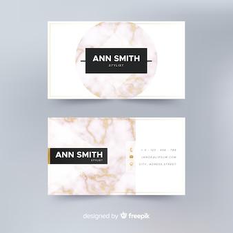 Plantilla de tarjeta de visita elegante y realista