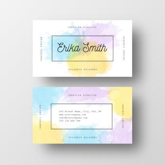 Plantilla de tarjeta de visita elegante con toques de acuarela