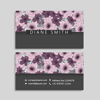 Plantilla de tarjeta de visita con hermosas flores
