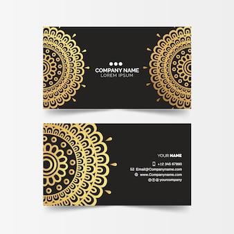 Plantilla de tarjeta de visita con mandala dorado