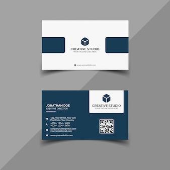 Plantilla de tarjeta de visita moderna azul y blanca