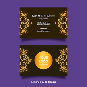 Plantilla de tarjeta de visita ornamental dorada de diseño plano