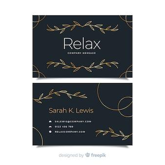 Plantilla de tarjeta de visita ornamental dorada