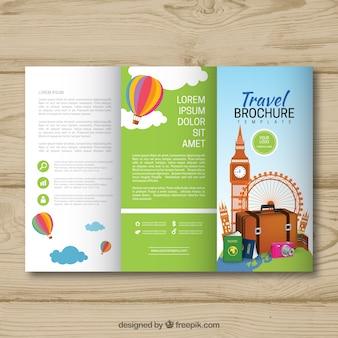 Plantilla tríptica de folleto de viajes